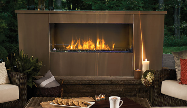 Outdoor Linear Gas Fireplaces