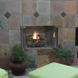 Superior VRE3000 Traditional Outdoor Gas Fireplace